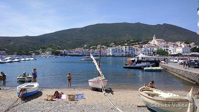 pueblos bonitos de españa con playa